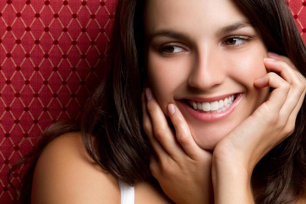 7 Great Ways to Improve Your Smile and Confidence