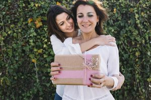 Mayfield Dentist Tips Top 5 Best Gifts Ideas for Moms